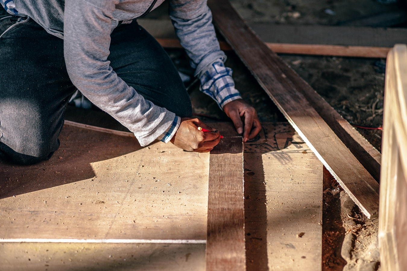 Osteoarthritis affects construction workers, those of old-age, and many sports players.